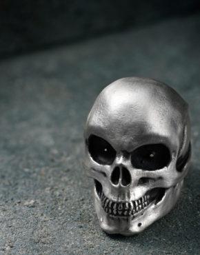 Intenebris Oversize Satin Evil Eye Skull Ring with Shiny Teeth in sterling silver