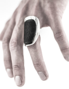 intenebris-lambskin-leather-armor-ring